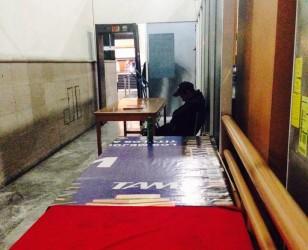 Denuncian en Terminal de Autobuses de Morelia guardias de seguridad dormidos