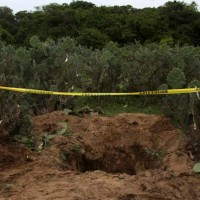 Encuentran una fosa clandestina con 59 cuerpos en Salvatierra, Guanajuato