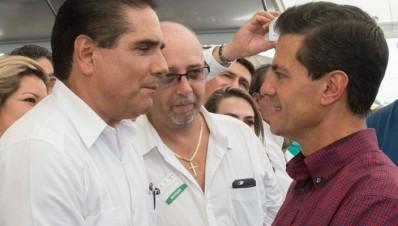 Silvano Aureoles Conejo y Enrique Peña Nieto