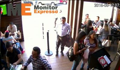 Denuncian banda roba bolsas en restaurantes de Morelia
