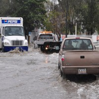 Se esperan lluvias torrenciales en Michoacán y Guerrero que podrían ocasionar deslaves