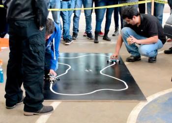 Primeros lugares en robótica para la Universidad Michoacana
