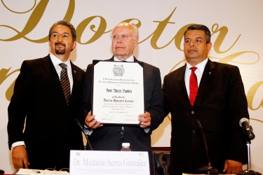 José Narro Róbles doctorado Honoris Causa por la Universidad Michoacana