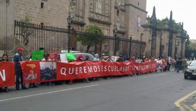 Escuelas de tiempo completo son exigidas por Antorcha Campesina
