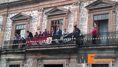 Colocan Banderas de huelga profesores del SPUM en Universidad Michoacana