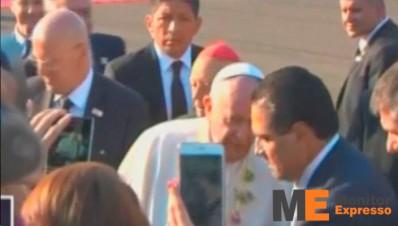 Papa Francisco arriba a Morelia