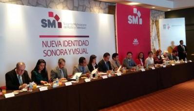 SMRTV Gabriela Molina Aguilar y Silvano Aureoles Conejo