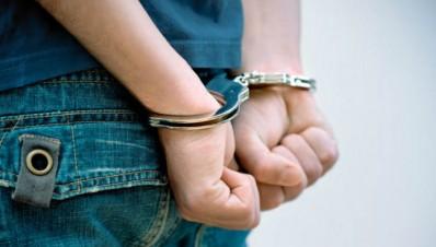 detenido por posesion de drogas en FreeWay
