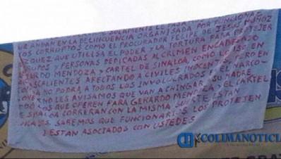 narco manta aparece en Colima