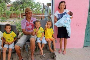 pareja-con-13-hijos