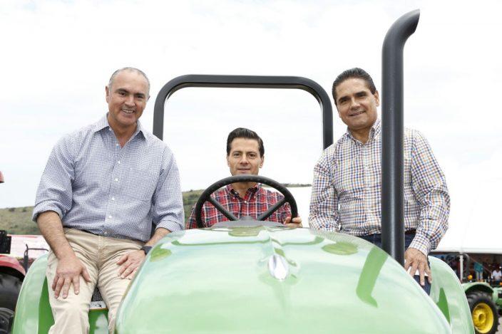 tractores-calzada-pena-silvano