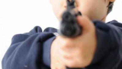 Niño de seis años caminaba con una pistola en su bolsillo en EU, le fue incautada