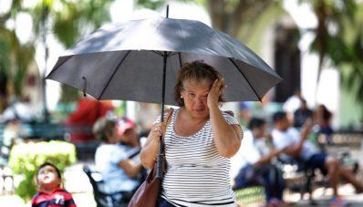 Onda de calor sobre la mayor parte del país y lluvias muy fuertes en zonas del sureste de México