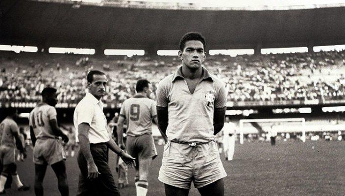 Los restos del astro brasileño Mané Garrincha desaparecen en Río de Janeiro