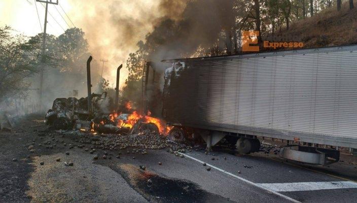 Bloqueos son reacción ante operativo contra el crimen: Gobierno de Michoacán