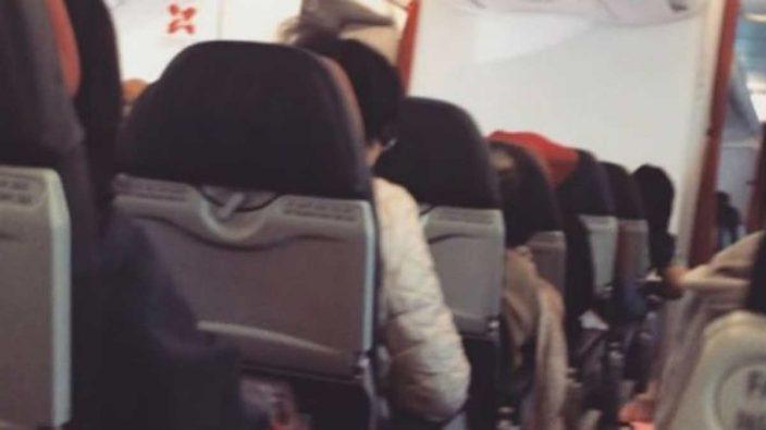 Pánico en vuelo de Australia