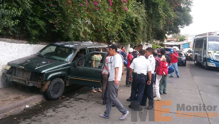 Atropellan a familia en Uruapan Michoacán