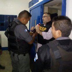 Javier Duarte en el hangar de Guatemala