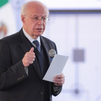 José Narro renuncia al PRI, dice ser enemigo de la simulación
