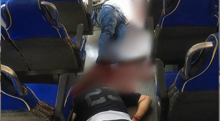 Pasajero dispara contra dos presuntos asaltantes de camión en Edomex