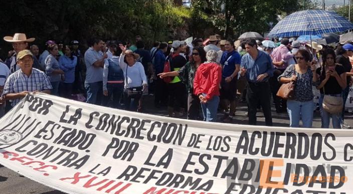 Marcha CNTE en Morelia Michoacán