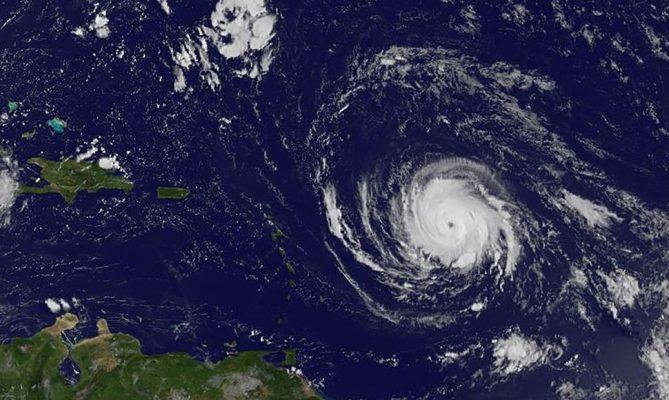 Irma vuelve a ganar fuerza camino a Florida