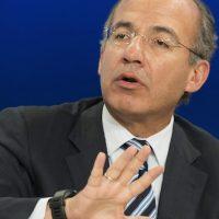 Felipe Calderón reaparece en el 15° FICM en Michoacán