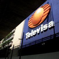 """Se burlan de 'Televisa' por bloquear videos de 'Youtubers'; """"infringen derechos de autor"""""""