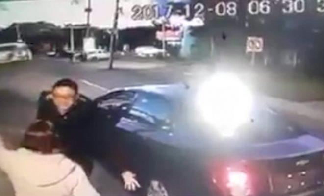 Patea Chofer de Cabify a mujer en Puebla