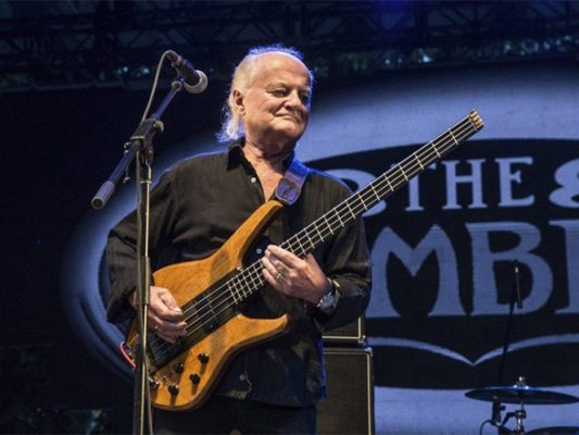 Fallece el exbajista de The Kinks y The Zombies