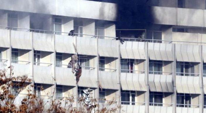 Hombres armados disparan contra clientes de Hotel Intercontinental en Kabul