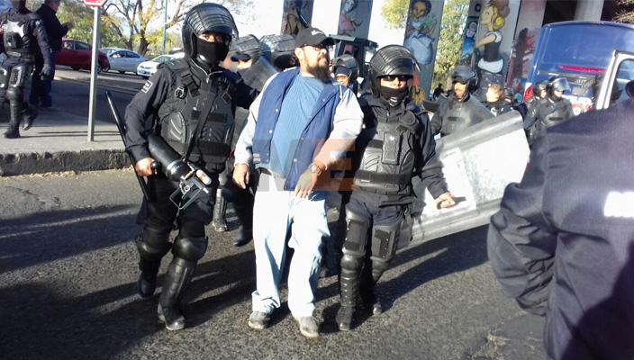 PGR indaga a maestros por bloqueo en Morelia