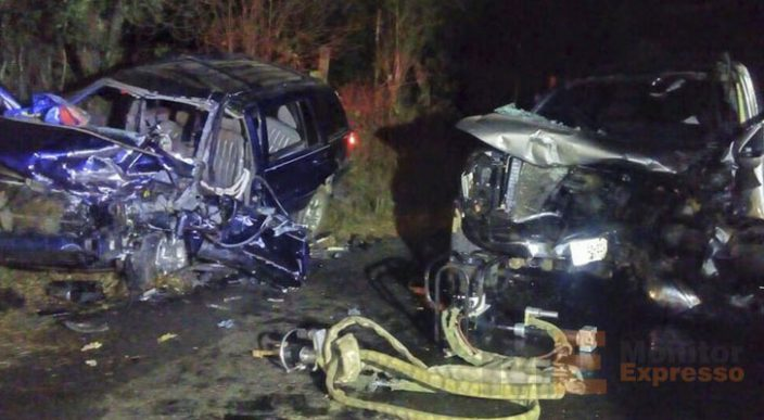 Choque frontal de camionetas en la Santa Clara del Cobre – Turirán cobra la vida de dos