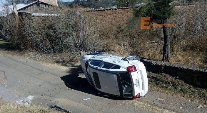 Choque en Huiramba, Michoacán deja tres lesionadas