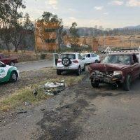 Dejan daños materiales tres accidentes viales en Morelia