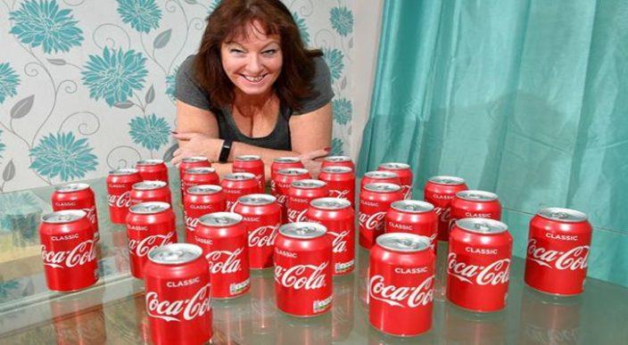 ¡Mira qué le sucedió a una mujer que consumió 30 latas de Coca-Cola al día durante 20 años!