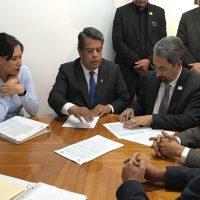 SPUM y autoridades de la UMSNH signan convenio ante Junta Local de Conciliación y Arbitraje
