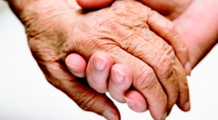 Pareja de 71 años de casados mueren el mismo día