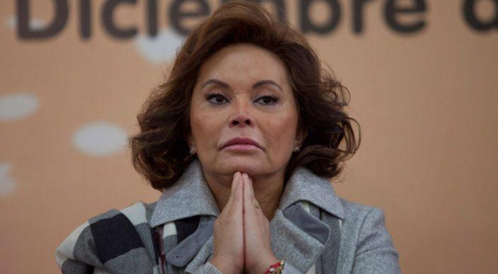 Devuelven a Elba Esther Gordillo bienes y dinero incautado