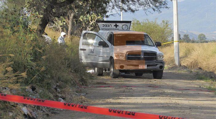 Hallan dos cadáveres en Parácuaro, Michoacán