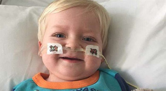 Niño de 2 años despertó de coma antes de ser desconectado