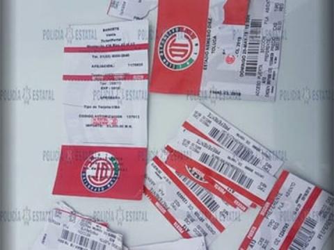 Sujetos lucraban con boletos falsos para la final Toluca – Santos y son detenidos