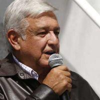 """""""Una vil venganza"""", dijo AMLO tras multa del INE a Morena por irregularidades"""