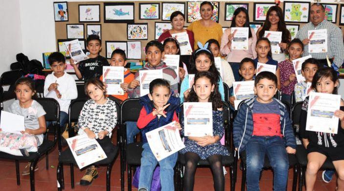 """Clausuran Taller """"Estrategias con Papel"""" en el Congreso de Michoacán"""