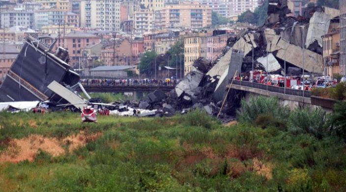 Al menos 35 muertos y varios heridos al derrumbarse un puente en Génova, Italia (Video)