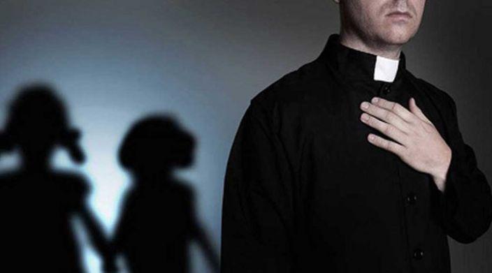 300 sacerdotes católicos responsables del abuso sexual de más de 1.000 menores en EU