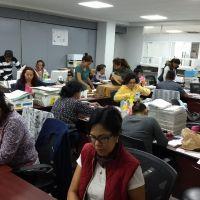 Pagan bonos estatales a profesores de Michoacán