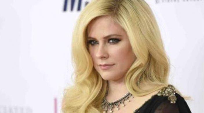 ¡Avril Lavigne regresa a la música tras 5 años de ausencia!