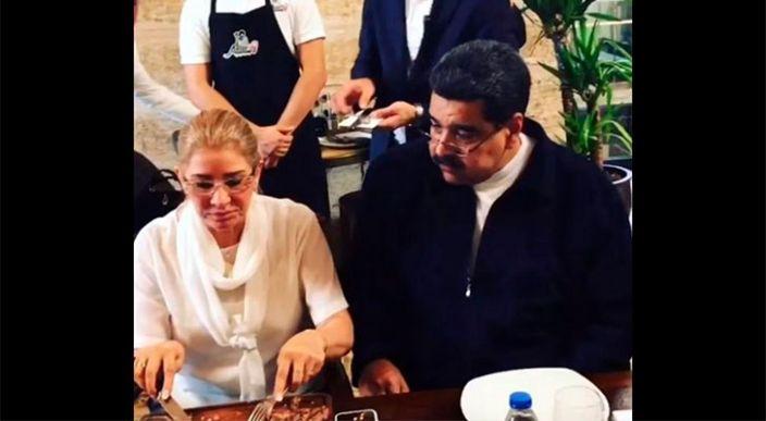 Video de Nicolás Maduro comiendo carne en lujoso restaurante de Turquía desata polémica