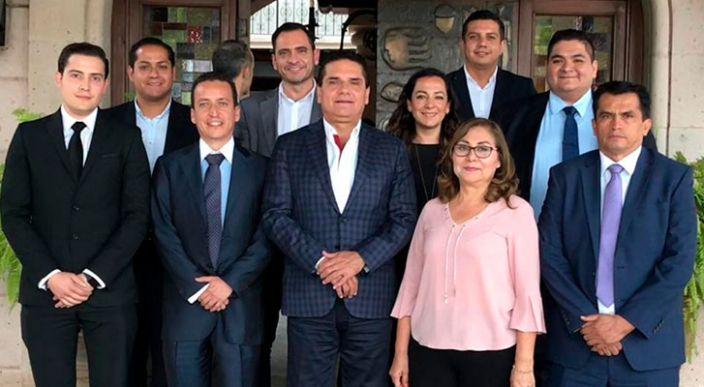 """""""Michoacán requiere del esfuerzo de todos"""" dice Silvano Aureoles en reunión con diputados del PAN"""